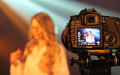 Lilian Lopes grava videoclipe no Rio de Janeiro para divulgar novo single